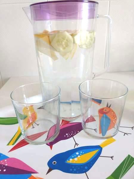 Agua de pepino y limón para niños