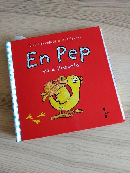 El pollo Pepe va a la escuela