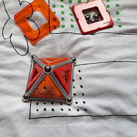 Juguetes de ciencias como las piezas magnéticas