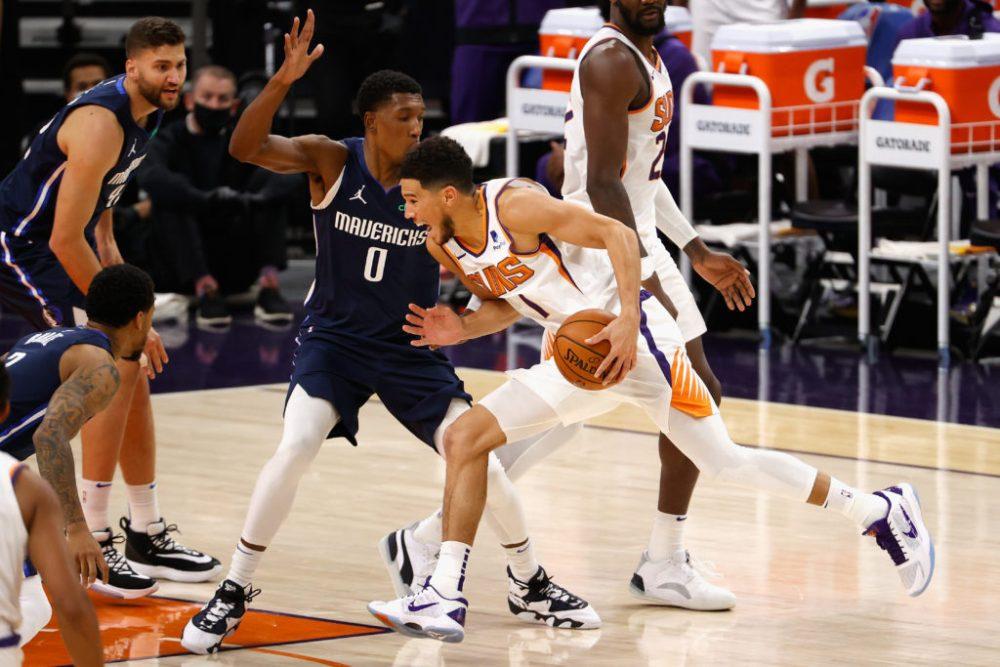 Suns beat Mavs 106-102