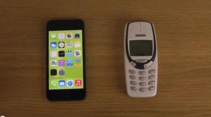 nokia-3310-vs-iphone