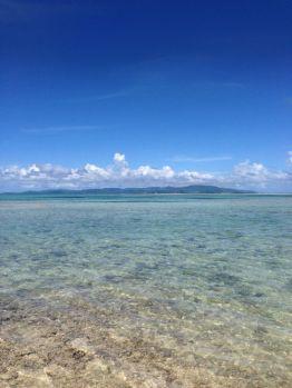 石垣の海と空