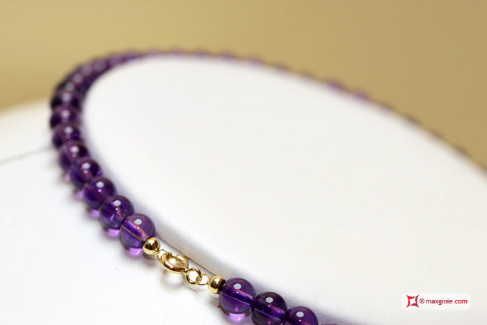 Extra Amethyst Necklace 6mm round in Gold 18K