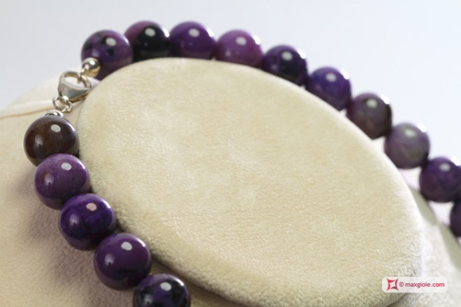 Extra purple Agate Necklace 14mm round in Silver