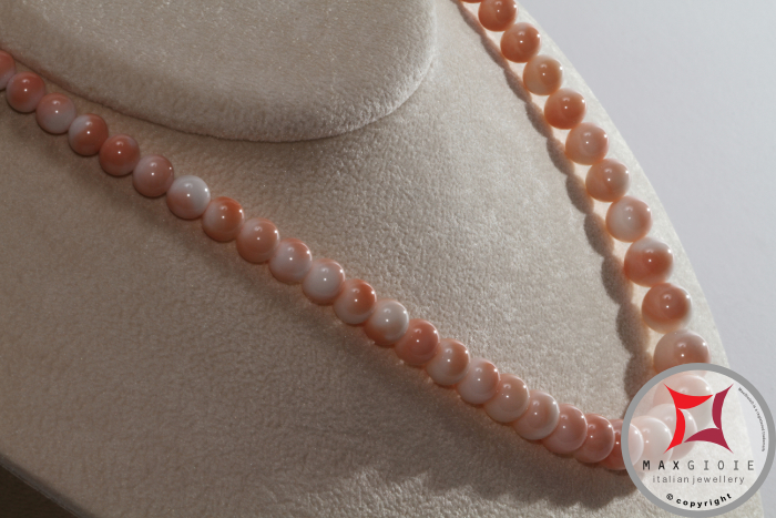 Collana Corallo rosa pelle d'angelo Extra pallini 5½-11½mm in Oro 18K Extra Pink Coral Angel Skin Necklace round beads 5½-11½mm in Gold 18K