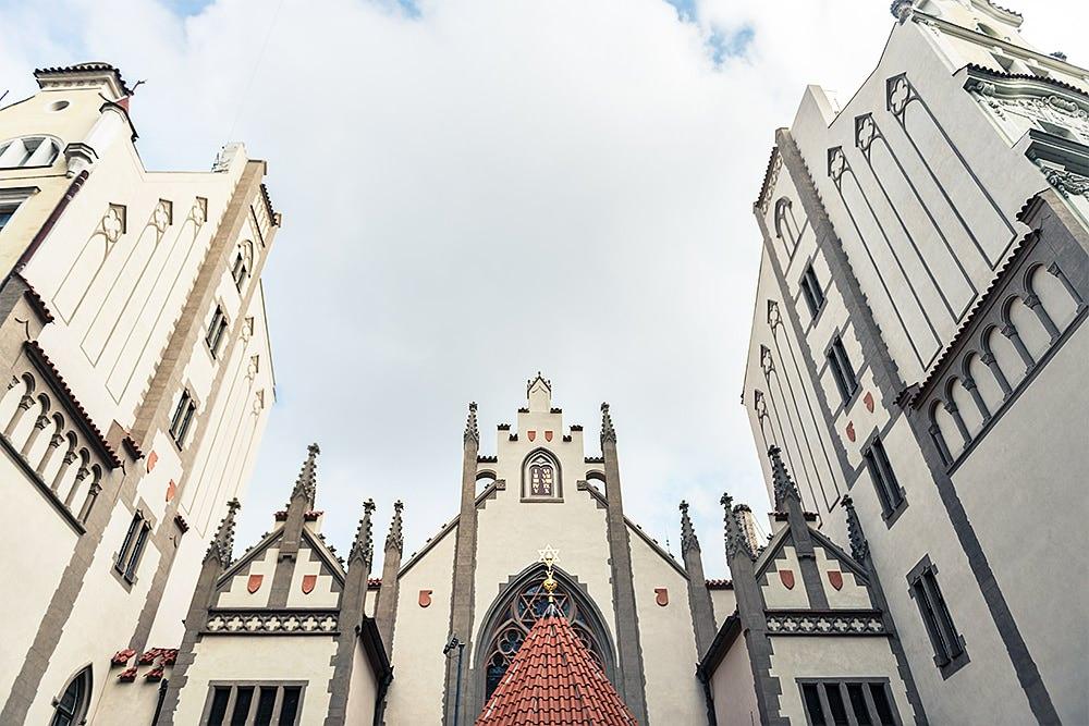 juedisches-Viertel-tanzender-friedhof-prag-prague-sehenswuerdigkeiten-urlaubsbilder
