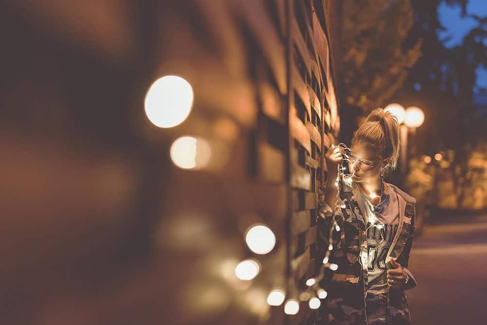 lichterkette lichterketten fotoshooting fotograf fotografie fotokurs max hoerath nikon berlin w%C3%BCrzburg schweinfurt n%C3%BCrnberg m%C3%BCnchen - Lichterketten II - Fotoshooting mit Caro