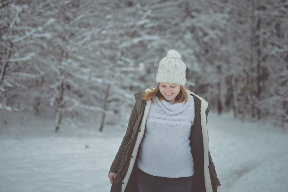 Babybach Schwangerschaftsfotos Shooting Fotos Familienbilder Fotograf Kulmbach Bayreuth Bamberg 27 von 27 - Babybauch | Schwangerschaft | Familienbilder - Max Hörath Design