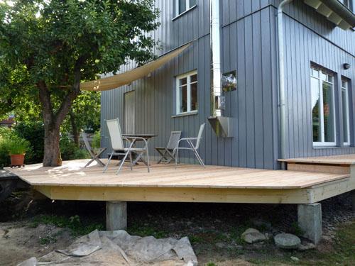 terrassenbau aus holz st25 hitoiro. Black Bedroom Furniture Sets. Home Design Ideas