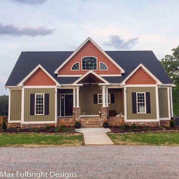 4-Bedroom Craftsman House Plans