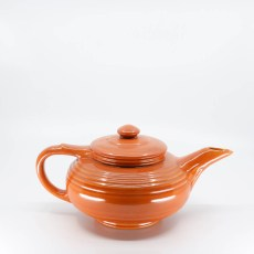 Pacific Pottery Hostessware 440 8-cup Teapot Red
