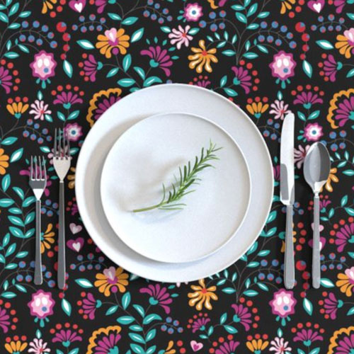 QwkDog Merida Flower Design Tablecloth 03