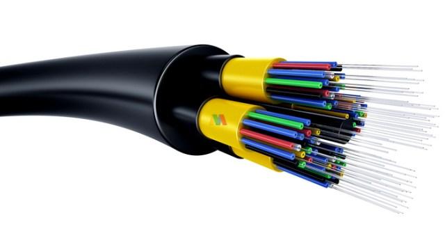 Pengertian Fiber Optik