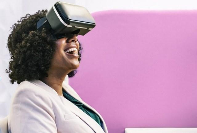 Augmented Reality dan Virtual Reality