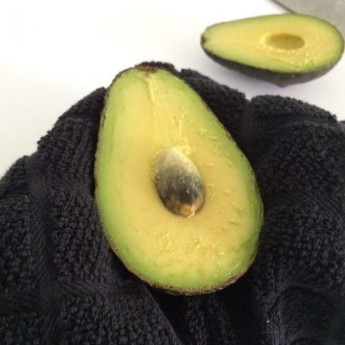 How To Cut An Avocado 6