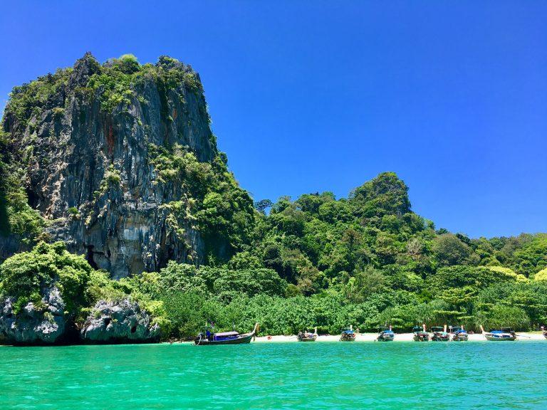 Boat trip around Krabi