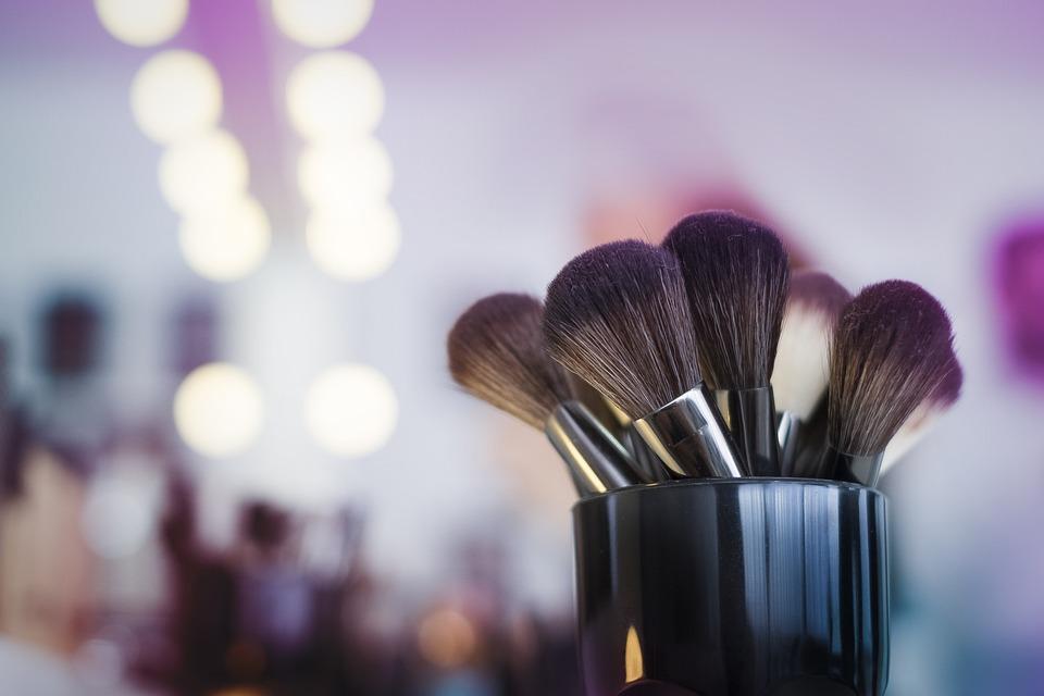 Free photo Blush Makeup Artist Makeup Powder Beauty
