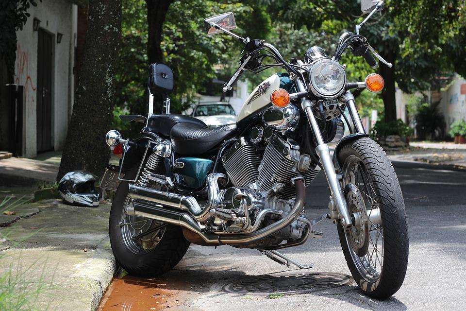 Virago Yamaha Custom Estradeira Motorcycle