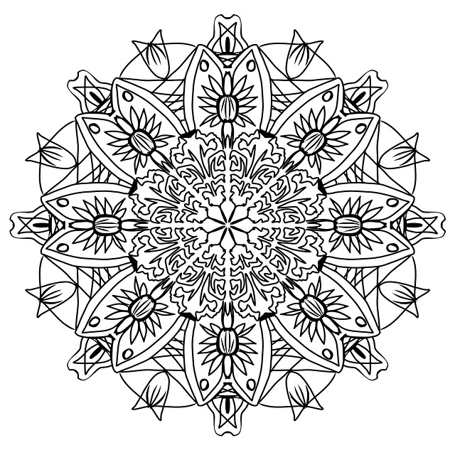 Free photo Pencil Pattern Mandala Drawing Coloring Page