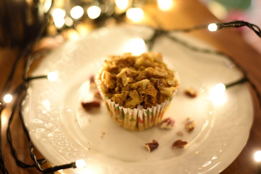 Carrot muffins with nuts (vegan)
