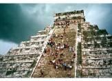 El Castillo steps