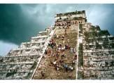 El Castillo steps
