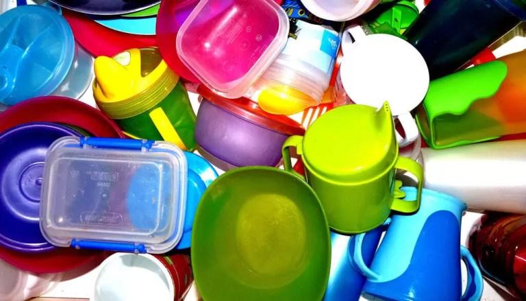 plastiques et contact avec les aliments