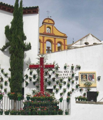 Cruz de mayo (Wikipedia)