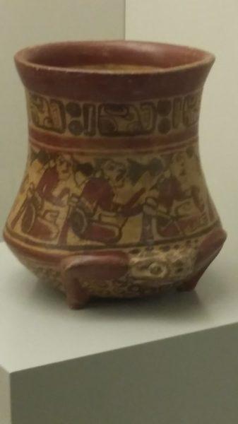 Vase représentant une divinité, céramique maya, période classique tardif (600-900 ap J.C.)