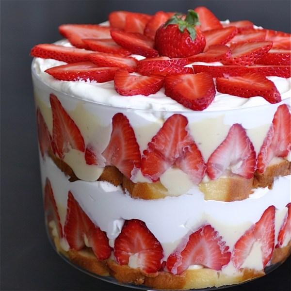 Canada Day Treats - Strawberry Trifle