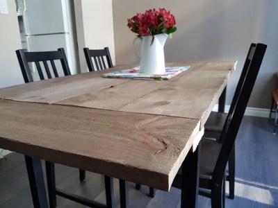 Home Decor Hacks - DIY Farmhouse Table