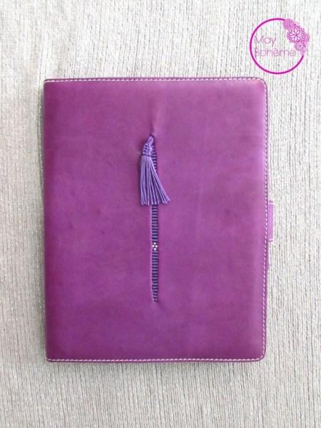 pochette_ipad_cuir_violet_pompon_maroc_ethnic_artisanat_may_bohème_fait mains