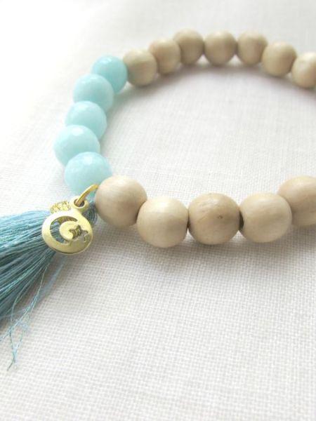 "Bracelet L'opaline Wood ""Naturelle"" - Bois naturel, perles de jade, pompon"