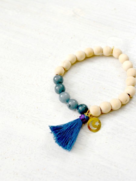 Bracelet Star Natural Wood - Bois naturel, pampille en laiton, pompon en coton