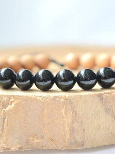 Bracelet Dark SWEET SANTAL - Perles de santal, agate noire