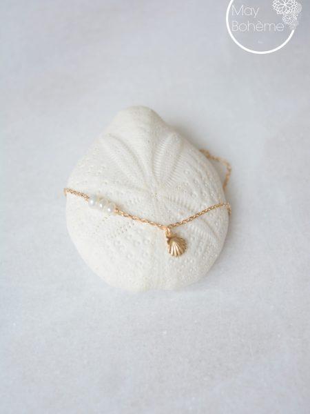 """Bracelet Lucy """"BOHEMIAN MOOD"""" - Fin bracelet coquillage et perles d'eau douce"""