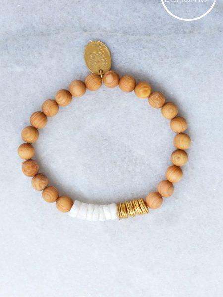 Bracelet Esmi SWEET SANTAL - Perles de santal, Heishi coquillage et plaqué or