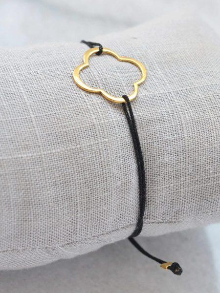 """Bracelet Lara  """"BOHEMIAN MOOD"""" - Bracelet coulissant trèfle plaqué or - lien en soie japonaise"""