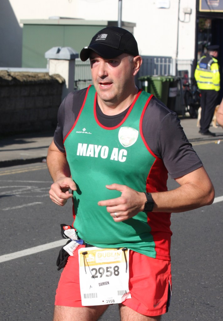 Damien Glackin on his way to 3:42