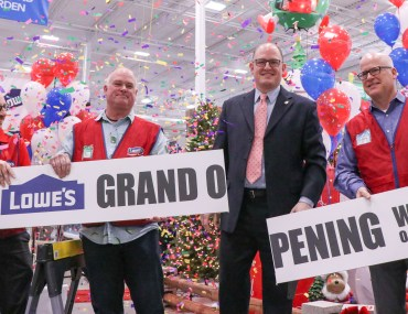 Lowe's Grand Opening