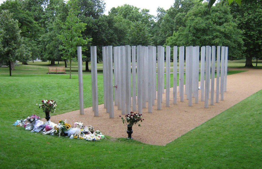 Memorial to the victims of the 7 July 2005 London bombings. Image: Nick Cooper