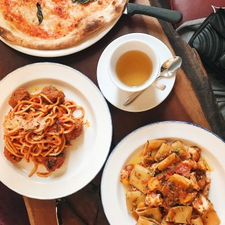 Cozying up with Pasta at Cafe Nervosa