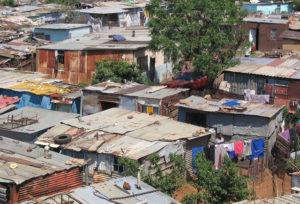 logements insalubres Gabon