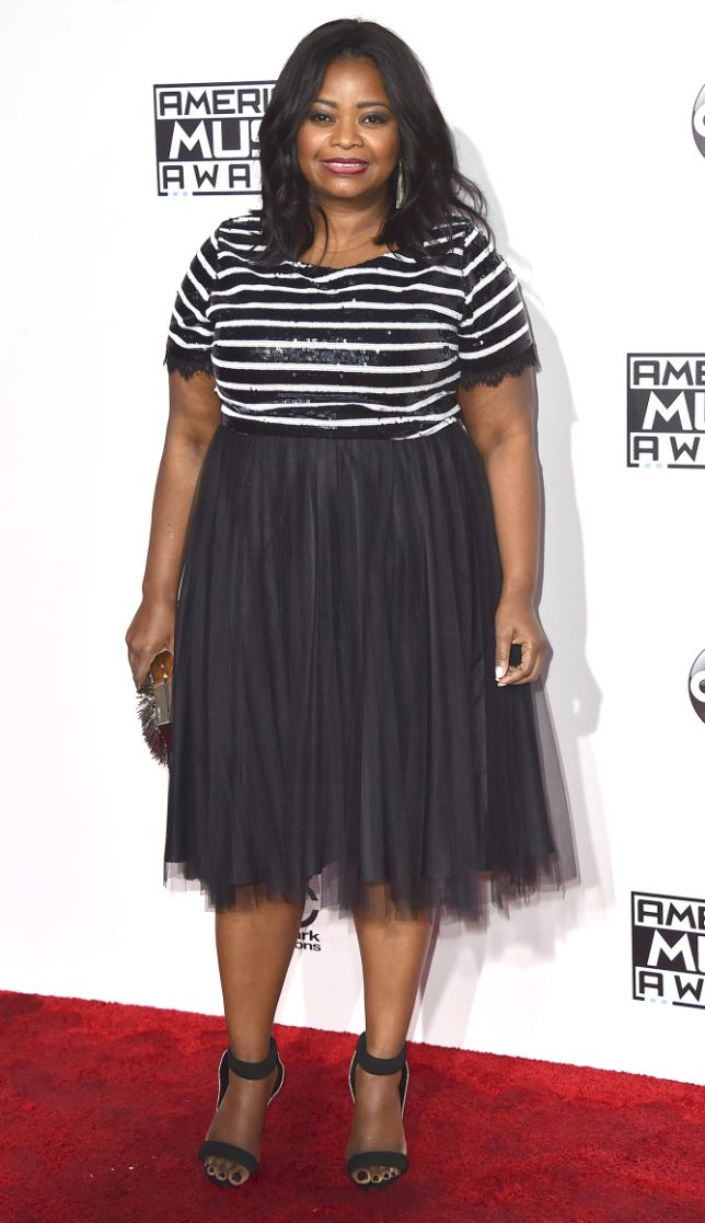 Octavia Spencer arrives at the American Music Awards at the Microsoft Theater on Sunday, Nov. 20, 2016, in Los Angeles. (Photo by Jordan Strauss/Invision/AP)