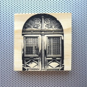 paris france marais, marais district architecture, marais ornate doors, fancy doors in paris, wood carved doors, french home decor