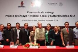 Recibe Agustín Velásquez Soto el  Premio de Ensayo Histórico, Social y Cultural 2014