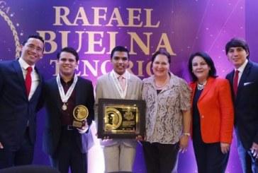 Con la entrega del Galardón Rafael Buelna Tenorio  2016, inició el Festival de la Juventud Sinaloa