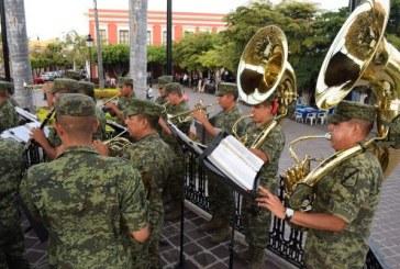 Disfrute de la música de las Bandas Militares