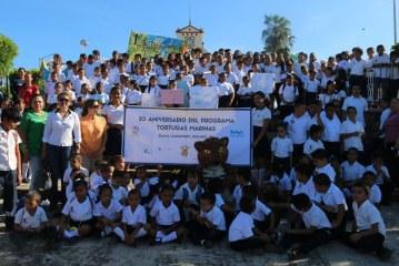 Celebran el 30 aniversario del campamento Tortuguero Playas del Caimanero.