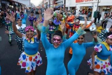 Se 'desborda' el Carnaval en el Puerto